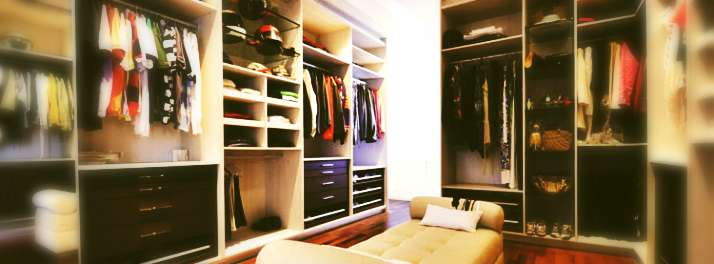 Mesa Aparador Para Quarto De Bebe ~ Dispense o marceneiro e invista num ambiente com closets