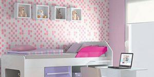 Escrivaninha para quarto de menina