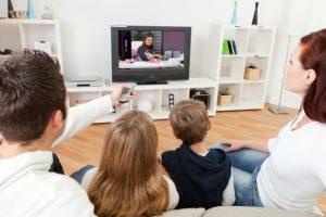 Distância entre a tv e o sofá