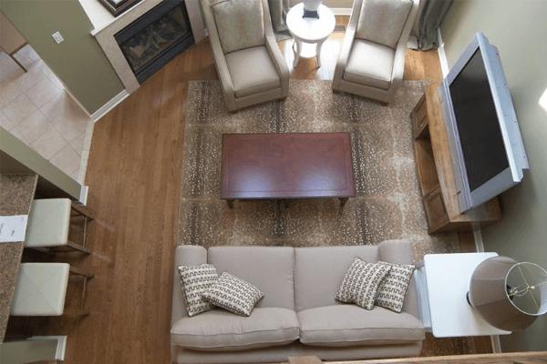modelo de sofa tradicional sala pequena