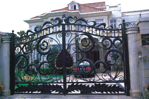 Portão com design diferenciado