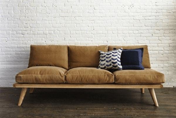 Modelo de sofá tradicional de madeira