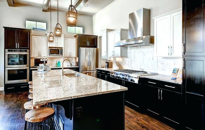 granito branco em cozinha