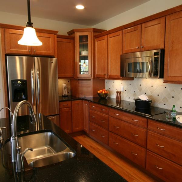 pia de granito preto em cozinha