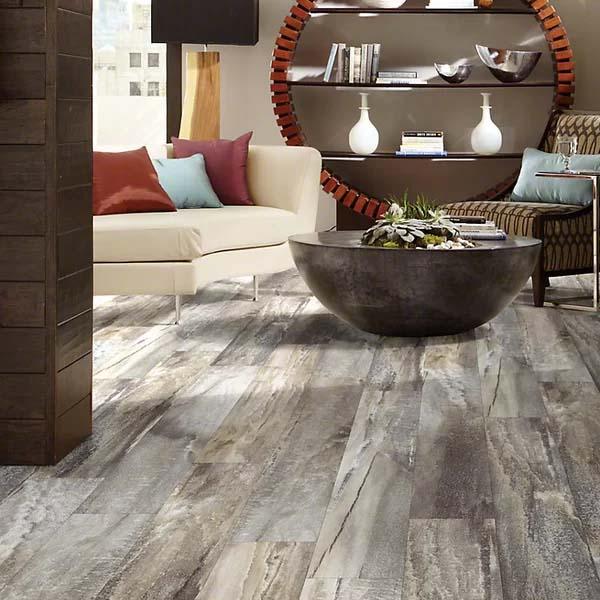 piso vinílico cinza