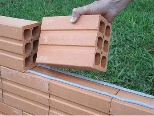 Como assentar tijolos? Aprenda aqui!