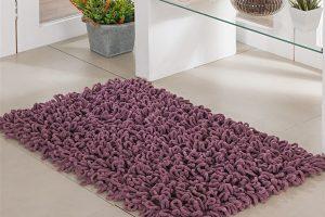 tapete de banheiro roxo