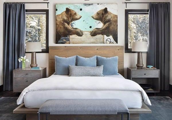 quarto de casal com quadro