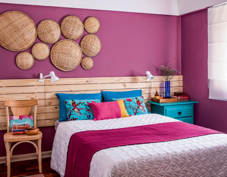 quarto de casal com tom rosa