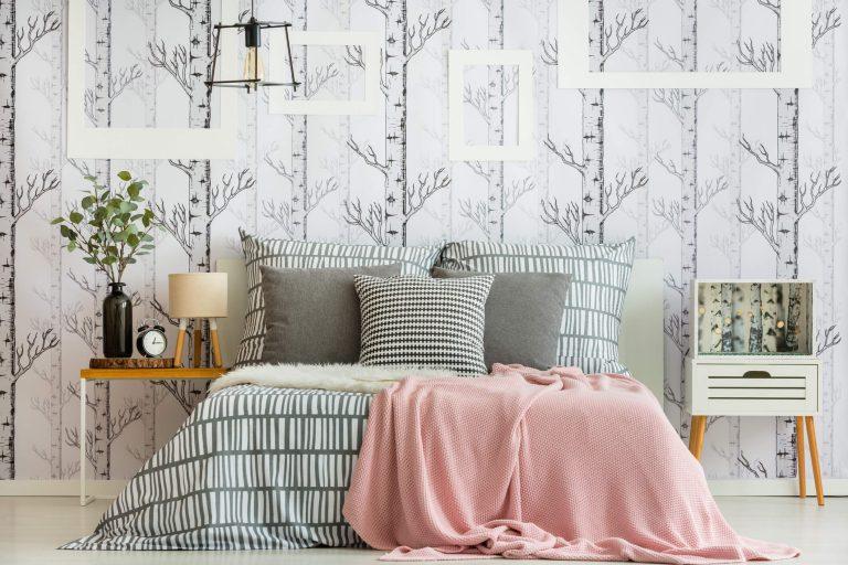 quarto de casal com uso de texturas