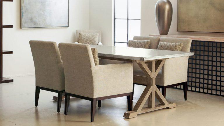 cadeiras confortáveis de sala de jantar