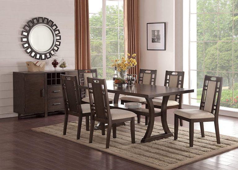sala de jantar em tons de marrom