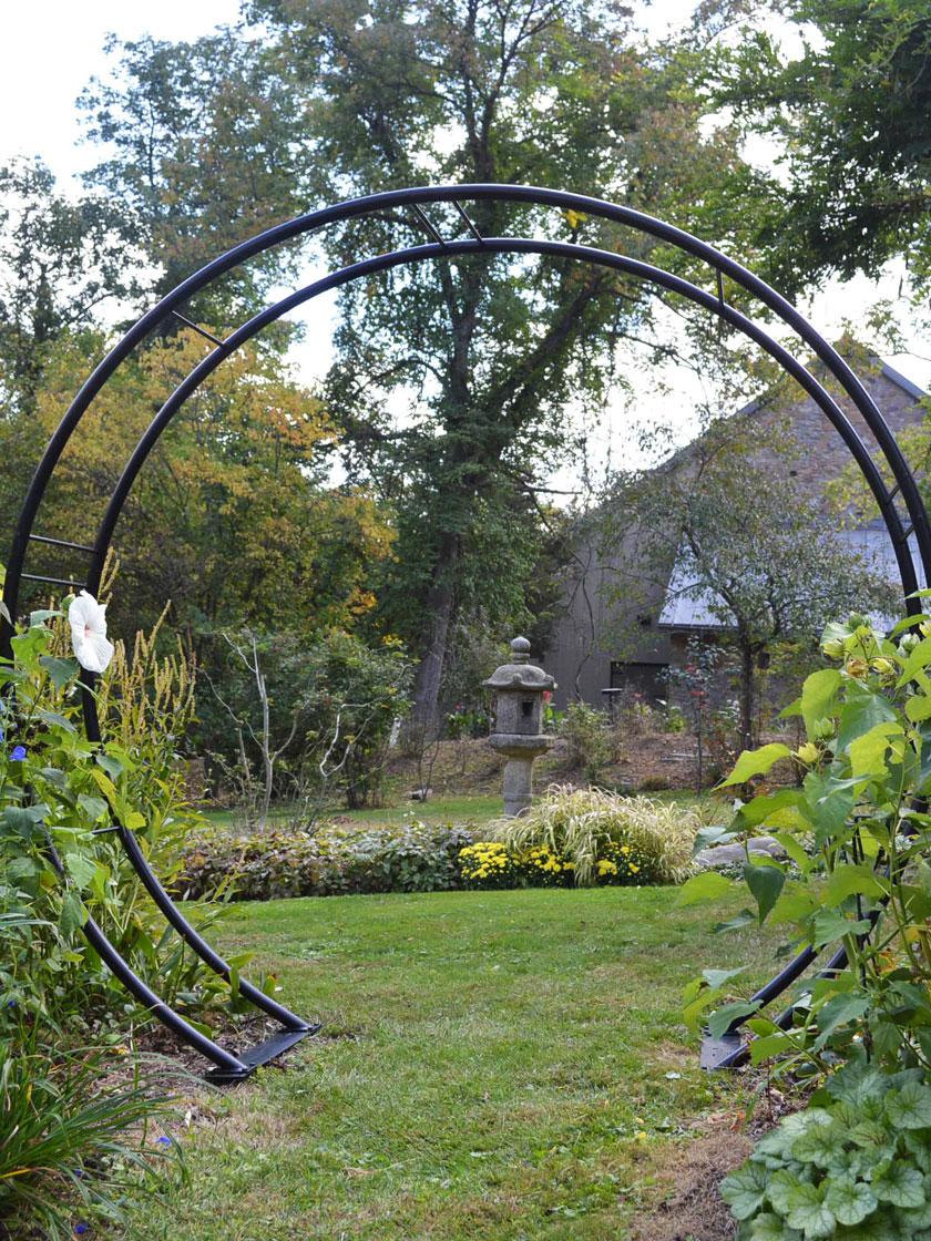 arco em decoração de jardim grande
